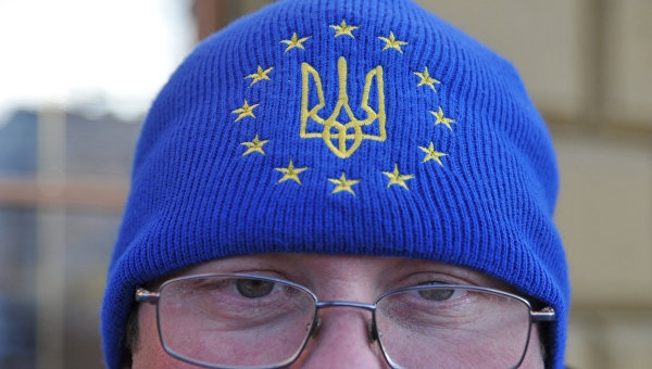Политолог: ЕС не заинтересован в решении украинской проблемы