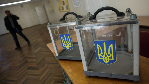 Цирк с Дартом Вейдером – демонстрация отношения к выборам на Украине